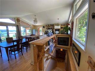 Photo 6: 144 Douglas Rd in Salt Spring: GI Salt Spring House for sale (Gulf Islands)  : MLS®# 843250