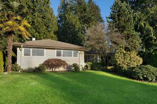 Photo 1: 3950 TRENTON Place in North Vancouver: Forest Hills NV House for sale : MLS®# R2481931