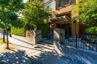 Main Photo: 205 500 KLAHANIE Drive in Port Moody: Port Moody Centre Condo for sale : MLS®# R2483045