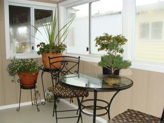 Photo 17: 11 158 Cooper Rd in : VW Songhees Manufactured Home for sale (Victoria West)  : MLS®# 862242