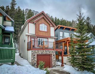 Photo 1: 913 Wilson Way: Canmore Detached for sale : MLS®# A1060157