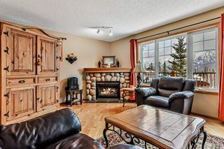 Photo 3: 913 Wilson Way: Canmore Detached for sale : MLS®# A1060157
