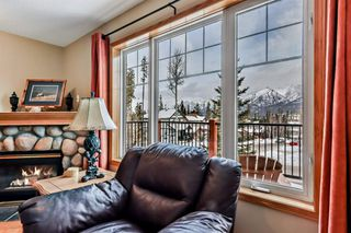 Photo 6: 913 Wilson Way: Canmore Detached for sale : MLS®# A1060157