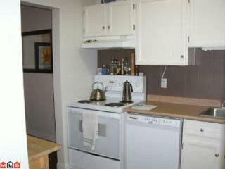 Photo 6: 109 1555 FIR Street: White Rock Condo for sale (South Surrey White Rock)  : MLS®# F1106750