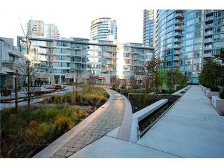 """Photo 8: 1207 689 ABBOTT Street in Vancouver: Downtown VW Condo for sale in """"ESPANA"""" (Vancouver West)  : MLS®# V890545"""