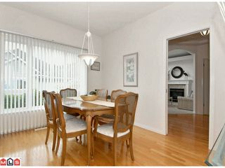 """Photo 3: 27 1881 144TH Street in Surrey: Sunnyside Park Surrey Townhouse for sale in """"Brambley Hedge"""" (South Surrey White Rock)  : MLS®# F1119123"""