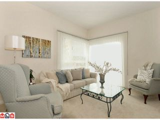 """Photo 8: 27 1881 144TH Street in Surrey: Sunnyside Park Surrey Townhouse for sale in """"Brambley Hedge"""" (South Surrey White Rock)  : MLS®# F1119123"""