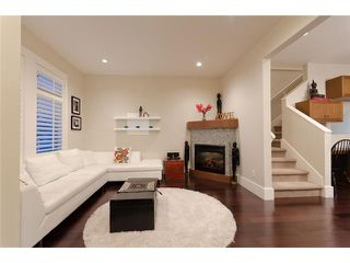Photo 2: 2632 W 6TH Avenue in Vancouver: Kitsilano House 1/2 Duplex for sale (Vancouver West)  : MLS®# V920084