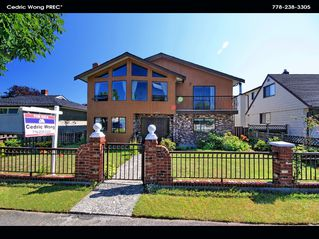 Main Photo: 2206 E 55 Avenue in Vancouver: Fraserview VE House for sale (Vancouver East)