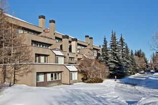 Photo 11: 6 305 VILLAGE Mews SW in CALGARY: Prominence_Patterson Condo for sale (Calgary)  : MLS®# C3599226