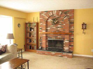 Photo 2: 46509 ELLIOT Avenue in Chilliwack: Fairfield Island House for sale : MLS®# H1400980
