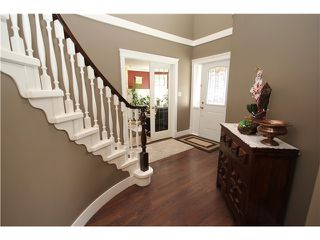 Photo 2: 10671 BISSETT Drive in Richmond: McNair House for sale : MLS®# V1054584