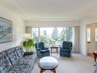 Photo 3: 751 EDGAR Avenue in Coquitlam: Coquitlam West House for sale : MLS®# V1057420