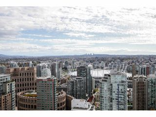 """Photo 15: 3806 833 SEYMOUR Street in Vancouver: Downtown VW Condo for sale in """"CAPITOL RESIDENCES"""" (Vancouver West)  : MLS®# V1090743"""