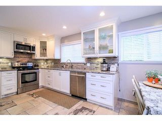 Photo 7: 7027 E BREWSTER Drive in Delta: Sunshine Hills Woods House for sale (N. Delta)  : MLS®# F1429593