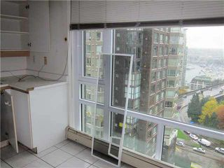 "Photo 8: 1402 1020 HARWOOD Street in Vancouver: West End VW Condo for sale in ""CRYSTALLIS"" (Vancouver West)  : MLS®# V1103752"
