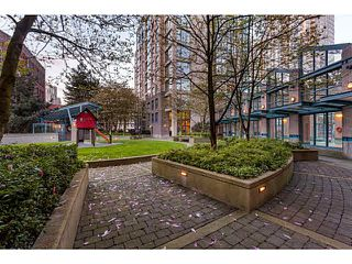 "Photo 17: 1502 1177 PACIFIC Boulevard in Vancouver: Yaletown Condo for sale in ""PACIFIC PLAZA"" (Vancouver West)  : MLS®# V1122980"