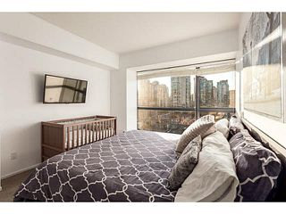 "Photo 10: 1502 1177 PACIFIC Boulevard in Vancouver: Yaletown Condo for sale in ""PACIFIC PLAZA"" (Vancouver West)  : MLS®# V1122980"