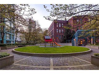 "Photo 18: 1502 1177 PACIFIC Boulevard in Vancouver: Yaletown Condo for sale in ""PACIFIC PLAZA"" (Vancouver West)  : MLS®# V1122980"