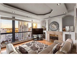 "Photo 3: 1502 1177 PACIFIC Boulevard in Vancouver: Yaletown Condo for sale in ""PACIFIC PLAZA"" (Vancouver West)  : MLS®# V1122980"