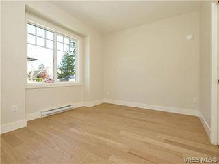 Photo 18: 4 2340 Oakville Ave in VICTORIA: Si Sidney South-East Row/Townhouse for sale (Sidney)  : MLS®# 710438