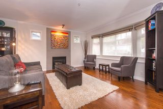Photo 4: 2608 ST. CATHERINES Street in Vancouver: Mount Pleasant VE House 1/2 Duplex for sale (Vancouver East)  : MLS®# R2009853