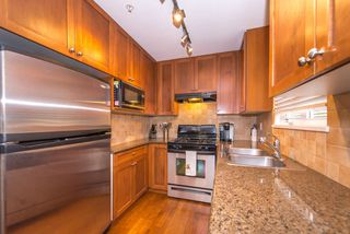 Photo 6: 2608 ST. CATHERINES Street in Vancouver: Mount Pleasant VE House 1/2 Duplex for sale (Vancouver East)  : MLS®# R2009853