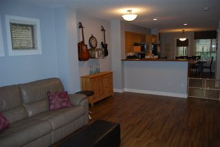 """Photo 8: 44 20350 68TH Avenue in Langley: Willoughby Heights Townhouse for sale in """"Sunridge"""" : MLS®# R2033655"""