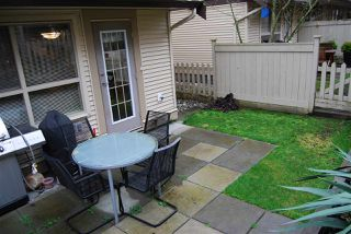 """Photo 3: 44 20350 68TH Avenue in Langley: Willoughby Heights Townhouse for sale in """"Sunridge"""" : MLS®# R2033655"""