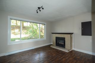 Photo 3: 32456 MCRAE Avenue in Mission: Mission BC House for sale : MLS®# R2052741