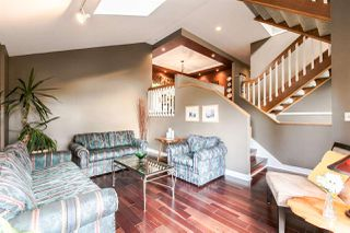 Photo 2: 606 THURSTON Terrace in Port Moody: North Shore Pt Moody House for sale : MLS®# R2053932