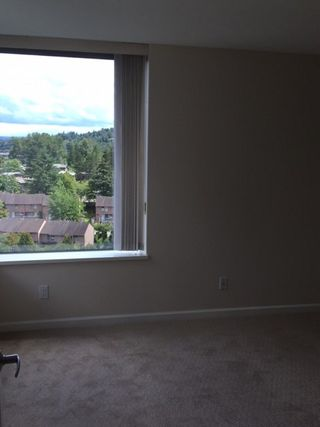 Photo 7: 1801 295 GUILDFORD Way in Port Moody: North Shore Pt Moody Condo for sale : MLS®# R2069733