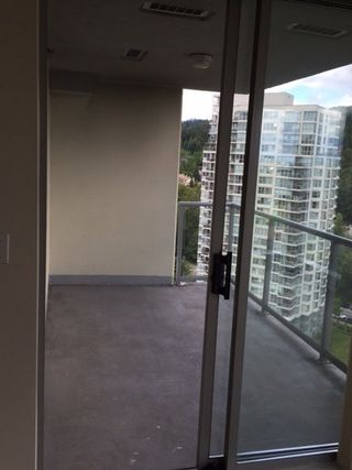 Photo 9: 1801 295 GUILDFORD Way in Port Moody: North Shore Pt Moody Condo for sale : MLS®# R2069733