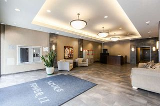 "Photo 3: 1605 892 CARNARVON Street in New Westminster: Downtown NW Condo for sale in ""Azure II - Plaza 88"" : MLS®# R2077064"