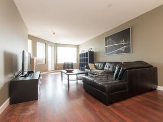 """Photo 5: 330 2099 LOUGHEED Highway in Port Coquitlam: Glenwood PQ Condo for sale in """"Shaughnessy Square"""" : MLS®# R2086396"""