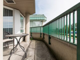 """Photo 18: 330 2099 LOUGHEED Highway in Port Coquitlam: Glenwood PQ Condo for sale in """"Shaughnessy Square"""" : MLS®# R2086396"""