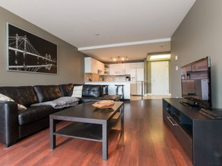 """Photo 8: 330 2099 LOUGHEED Highway in Port Coquitlam: Glenwood PQ Condo for sale in """"Shaughnessy Square"""" : MLS®# R2086396"""