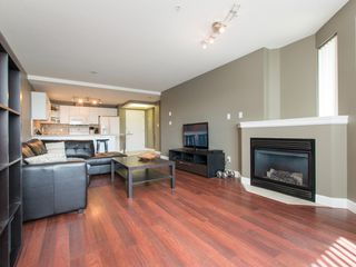 """Photo 7: 330 2099 LOUGHEED Highway in Port Coquitlam: Glenwood PQ Condo for sale in """"Shaughnessy Square"""" : MLS®# R2086396"""