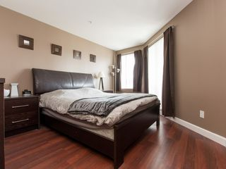 """Photo 2: 330 2099 LOUGHEED Highway in Port Coquitlam: Glenwood PQ Condo for sale in """"Shaughnessy Square"""" : MLS®# R2086396"""