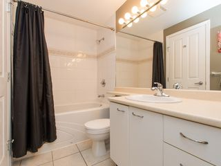 """Photo 15: 330 2099 LOUGHEED Highway in Port Coquitlam: Glenwood PQ Condo for sale in """"Shaughnessy Square"""" : MLS®# R2086396"""