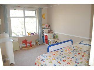 Photo 9: 33 3439 TERRA VITA Place: Renfrew VE Home for sale ()  : MLS®# V821078