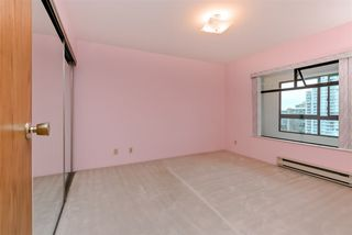"Photo 3: 1205 615 BELMONT Street in New Westminster: Uptown NW Condo for sale in ""BELMONT TOWERS"" : MLS®# R2125332"