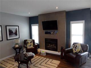 Photo 4: 2818 MAKOWSKY Crescent in Regina: HS-Hawkstone Single Family Dwelling for sale (Regina Area 01)  : MLS®# 598797