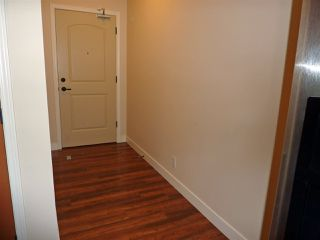 "Photo 5: 211 11935 BURNETT Street in Maple Ridge: East Central Condo for sale in ""KENSINGTON PLACE"" : MLS®# R2146036"