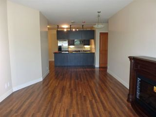 "Photo 3: 211 11935 BURNETT Street in Maple Ridge: East Central Condo for sale in ""KENSINGTON PLACE"" : MLS®# R2146036"