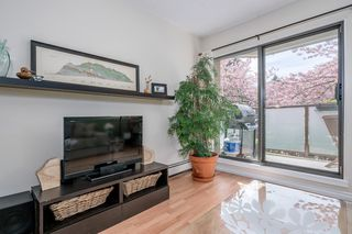 "Photo 3: 213 2150 BRUNSWICK Street in Vancouver: Mount Pleasant VE Condo for sale in ""MT PLEASANT PLACE"" (Vancouver East)  : MLS®# R2161817"