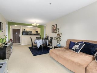 "Photo 4: 5311 5111 GARDEN CITY Road in Richmond: Brighouse Condo for sale in ""LIONS PARK"" : MLS®# R2167020"