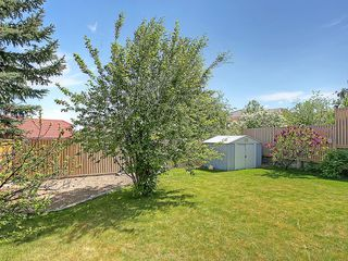Photo 33: 114 SIGNATURE Close SW in Calgary: Signal Hill House for sale