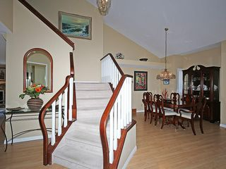Photo 23: 114 SIGNATURE Close SW in Calgary: Signal Hill House for sale