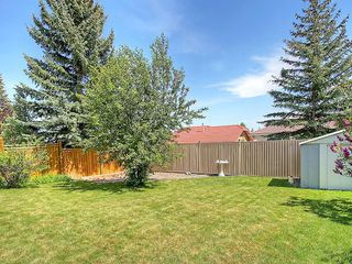 Photo 34: 114 SIGNATURE Close SW in Calgary: Signal Hill House for sale